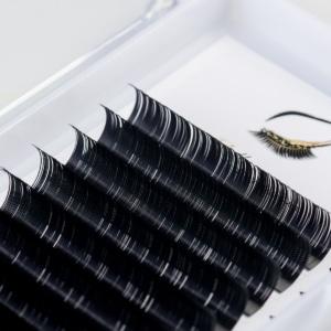 Boite d'extensions de cils en soie cil à cil taille unique